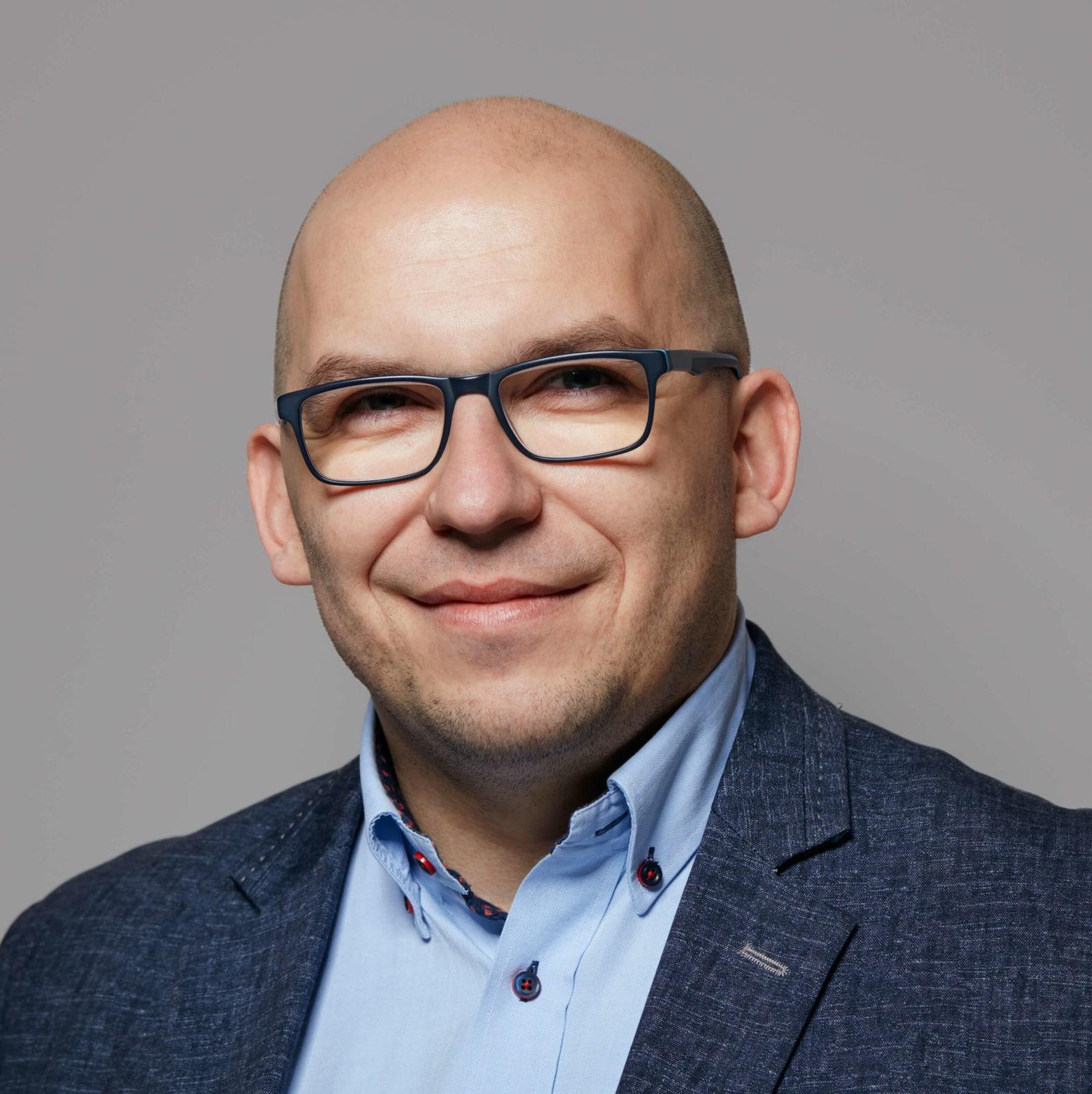 Grzegorz Kośmider- analiza biznesowa